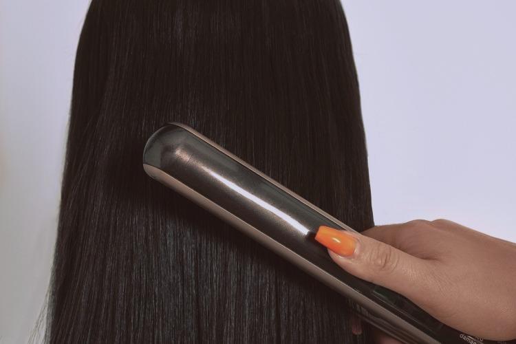 La piastra rovina i capelli by vitaincasa.jpg