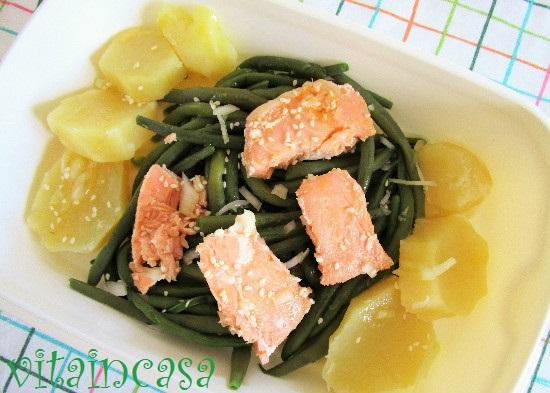 Insalata di fagiolini, patate e salmone