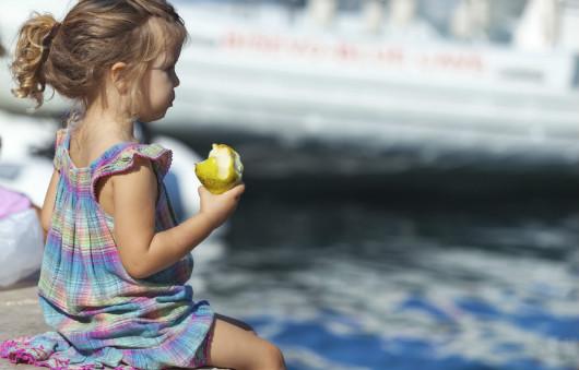 pranzo-in-spiaggia-bambini-890x570res