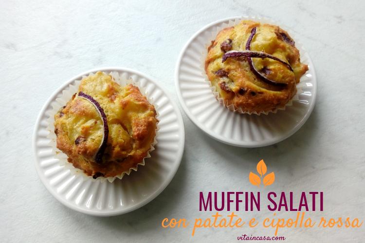 Muffin salati con patate e cipolla rossa by vitaincasa (1)